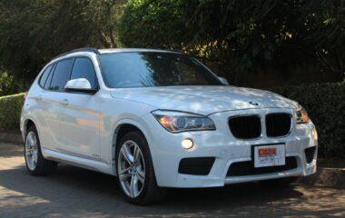 BMW X1.